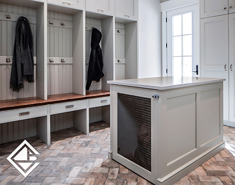 Mudroom with Built-In Dog Crate